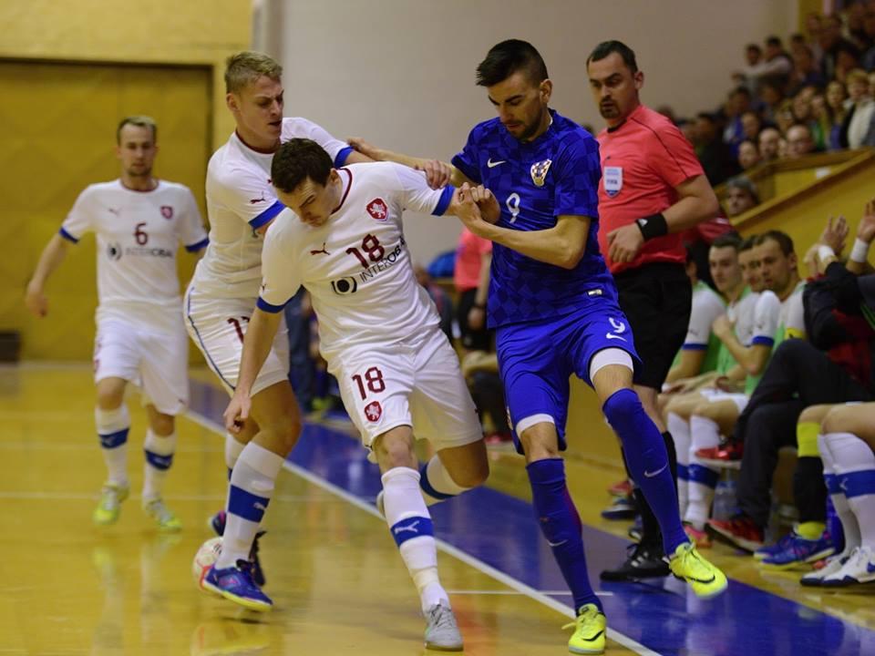 Slikovni rezultat za futsal hrvatska česka